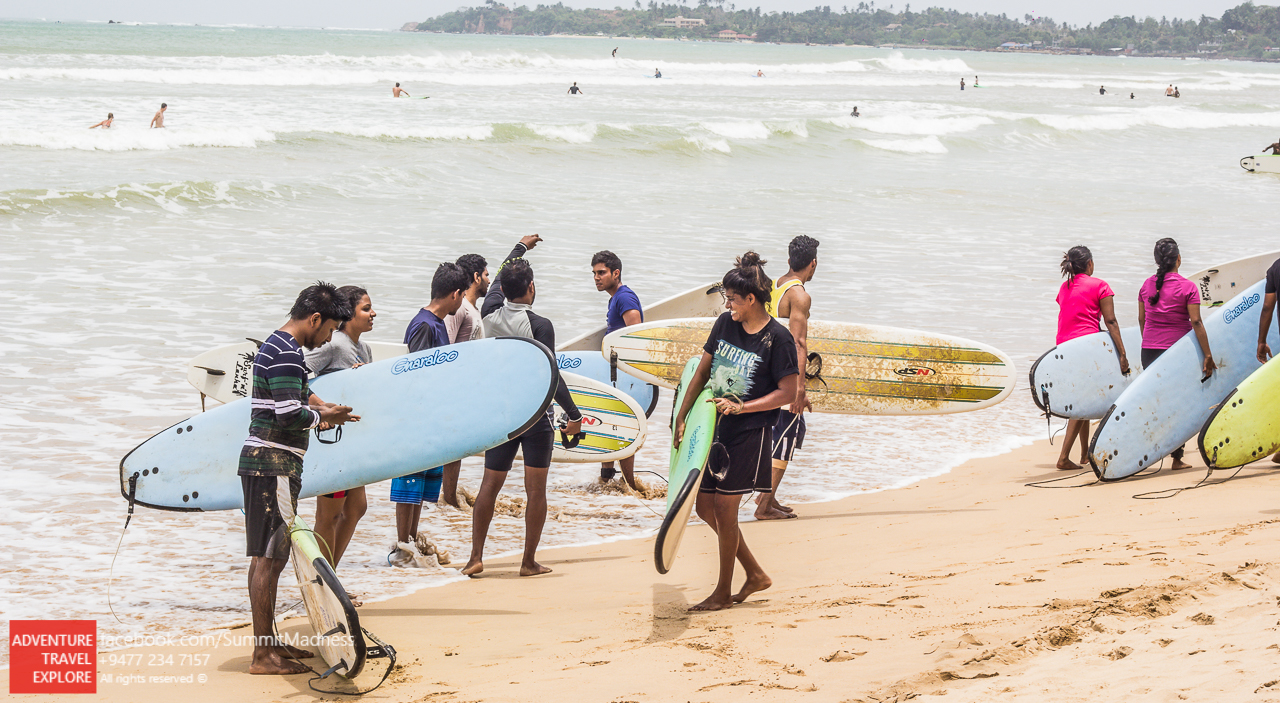 Surfing in Sri Lanka - Waligama Bay